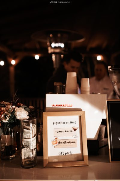 Learn all about why you need a cocktail hour at your wedding - originally published on ivoryandink.com